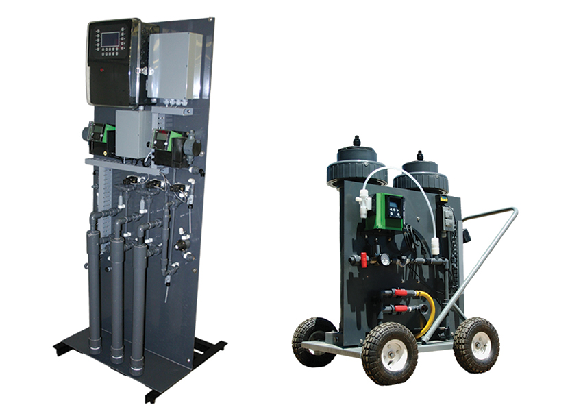 Catalytic chlorine dioxide generators